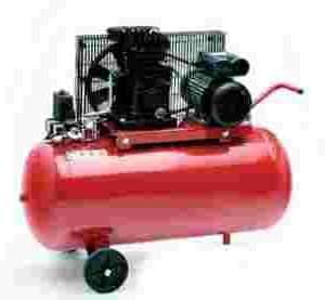 Compresor de aire profesional, 2 cilindros, monofásico, 3 CV y 100 litros de calderinCompresor de aire profesional, 2 cilindros, monofásico, 3 CV y 100 litros de calderinCompressore Aria 3Cv E 100L. 220V.Compresor de aire profesional, 2 cilindros, monofásico, 3 CV y 100 litros de calderin