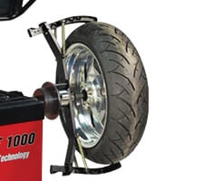 Adaptador MOTOS para EQUILIBRADORAS de rueda de vehículosAdaptateur Pour Moto Pour EquilibreuserAdattatore Per Cerchi Di Moto Per EquilibratriceAdaptador MOTOS para EQUILIBRADORAS de rueda de vehículos